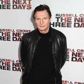 Liam Neeson dating 'incredibly famous woman' -Image1
