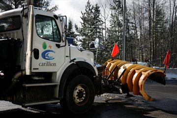 Carillion Canada, the company responsible for snow removal on provincial roads in Peel and Halton Regions, is under fire again after its U.K. parent company filed for bankruptcy.