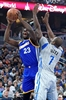 Curry, Thompson each hit 7 3s, Warriors pull away from Magic-Image1