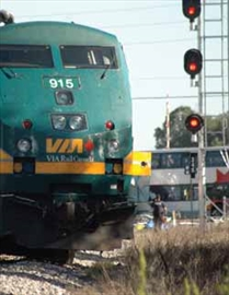 Stopping buses at tracks less safe: study; City will install rail cros– Image 1