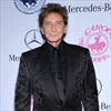 Barry Manilow rushed to hospital-Image1
