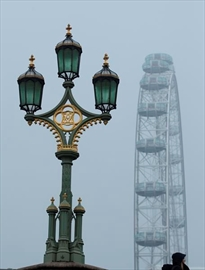 Heavy fog causes flight delays, cancellations in London-Image10