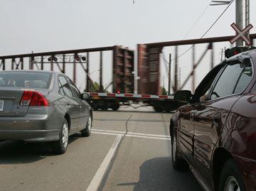 CN freight train blocks Burlington level crossing for four hours