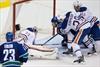 Daniel Sedin scores in OT, Canucks beat Oilers-Image1
