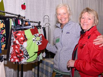 Craft Show draws thousands to Meaford
