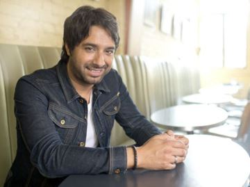 Jian Ghomeshi issues statement on allegations