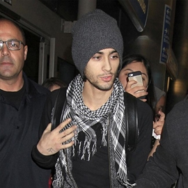 Zayn Malik quit One Direction after asking mom for advice-Image1