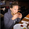 Bar Refaeli craves burgers-Image1