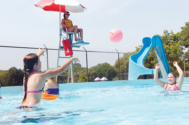 Oshawa's outdoor Rotary pool could close for up to 3 years