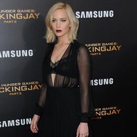 Jennifer Lawrence hails Amy Schumer-Image1