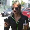 Khloé Kardashian doesn't understand vajazzling-Image1