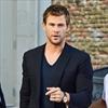 Chris Hemsworth loves surfing -Image1