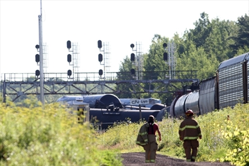 Via Rail passengers delayed by CN derailment-Image1