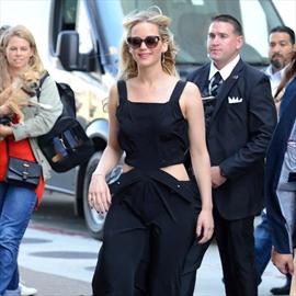 Jennifer Lawrence donates 2m to children's hospital -Image1