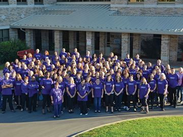 "Niagarans ""Go Purple"" to raise awareness about child abuse"