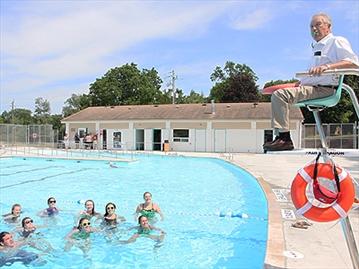 Paris pool set to open for Paris public pool
