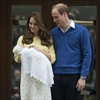 Duchess Catherine's parents offer 'ordinary life' to newborn princess-Image1