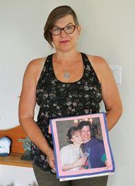 Midland woman walks in memory of sister