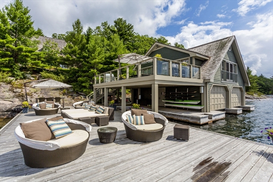 Muskoka Now Hamptons Of The North For Luxury Cottage
