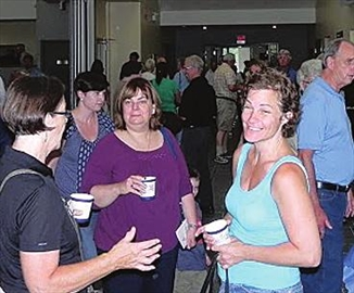 Church welcomes 500 to open house– Image 1