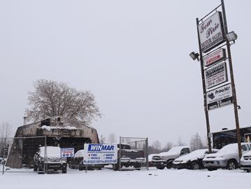Smiths Falls car dealership's garage burns in fire, Nov. 20.