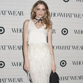 Jaime King storms out of Kanye West fashion show-Image1