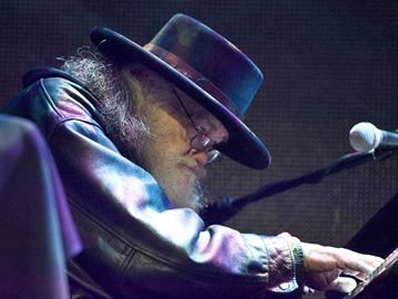 Garth Hudson plays piano after his induction to the London Music Hall of Fame at the 2014 JMRA's on Sunday (April 13).