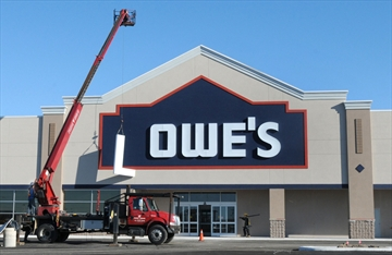 Lowes to hire 145 starting next month