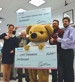 Store manager puts money where heart is for CHEO– Image 1