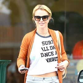 Britney Spears heads back to school-Image1