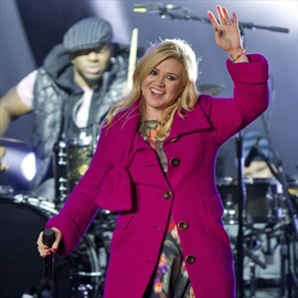 Kelly Clarkson scarred her daughter for life?-Image1