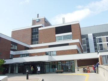 Ball hockey tourney helps Orillia hospital