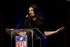 Idina Menzel ready for spotlight at Super Bowl-Image1