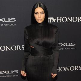 Kim Kardashian West's 'ridiculous' selfie obsession-Image1