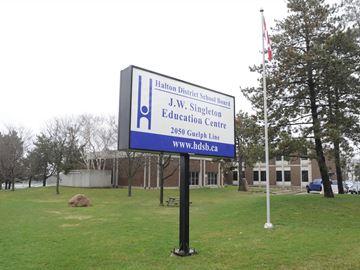 Education minister worried by unlocked doors at Halton elementary schools