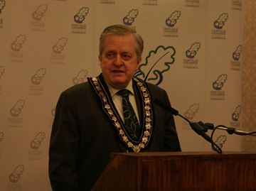 Mayor gives Oakville economic update at Chamber breakfast