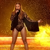 Beyoncé wins 8 gongs at the Video Music Awards 2016-Image1
