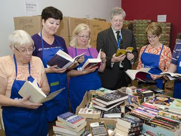 Oakville Literacy Council needs used books for fundraiser