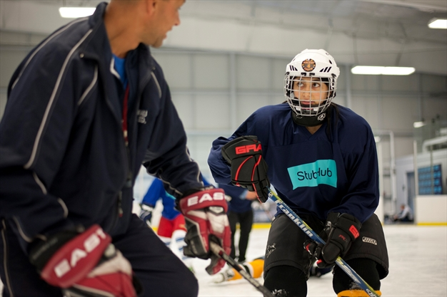 Young Toronto newcomers hit ice for first time with Hockey ...