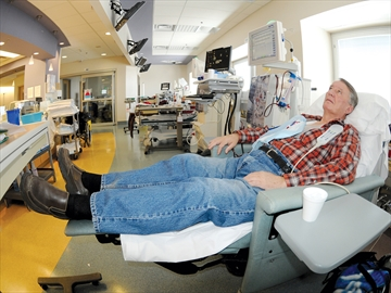 Dialysis donations at Lakeridge