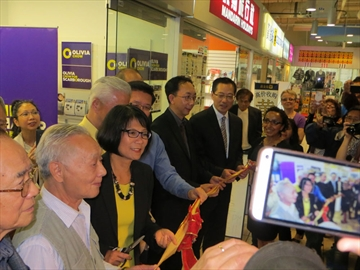 TORONTO VOTES: Influential members of Scarborough's Chinese community show support for Chow-image1