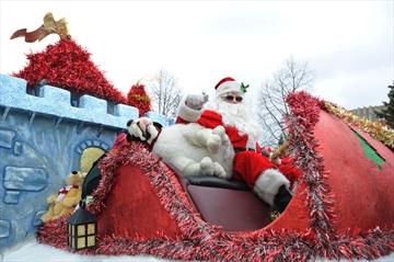 Lakeshore Santa Parade