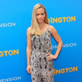 Kendra Wilkinson to become singer?-Image1