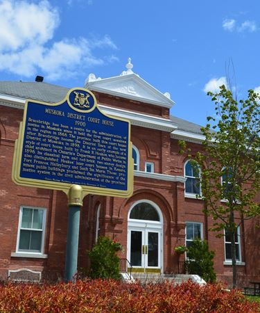 BRACEBRIDGE COURT HOUSE