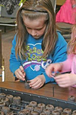 Students earn their green thumbs