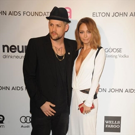 Nicole Richie puts home on the market-Image1