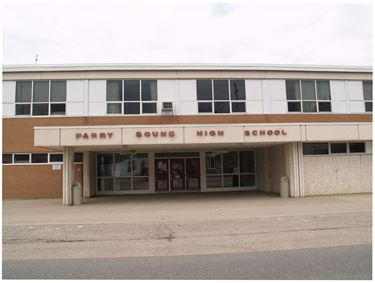 Parry Sound High School lockdown over