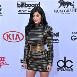 Kylie Jenner is an 'amazing singer'-Image1