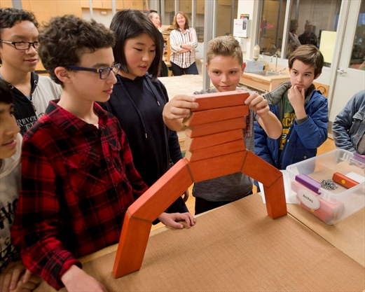 Waterloo students build an arch to their future