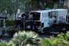 Vegas Strip reopens after gunman surrender, fatal shooting-Image5